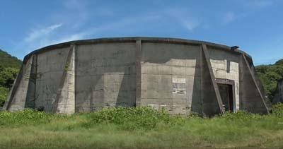 横島にあった旧日本陸軍の燃料貯蔵施設_s.jpg